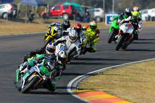 Bridgestone Thunderbikes led by Daryn Upton - Picture by RacePics.co.za