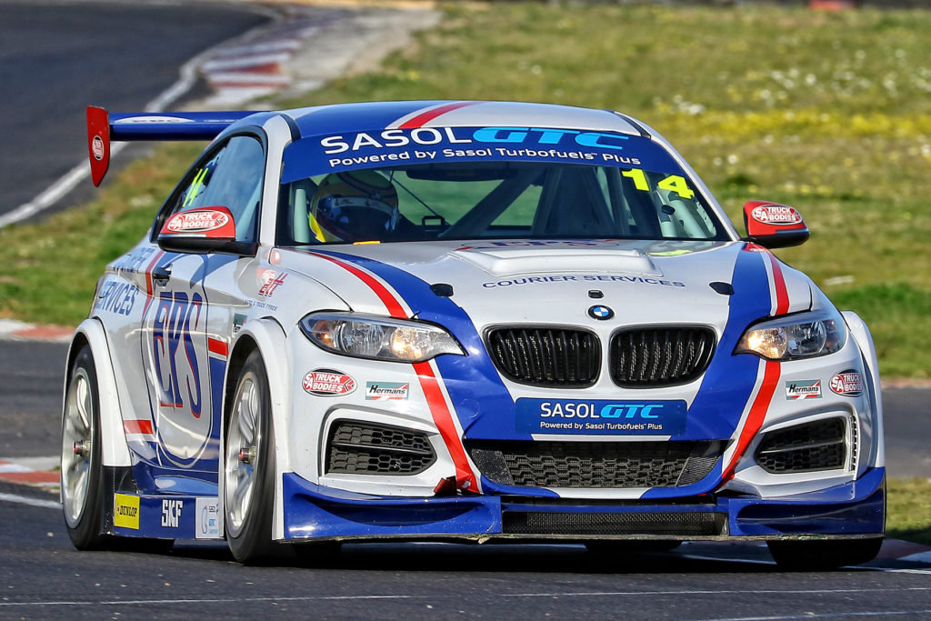 Johan Fourie had a difficult weekend at home in his EPS Courier Services BMW GTC - Picture by Reynard Gelderblom