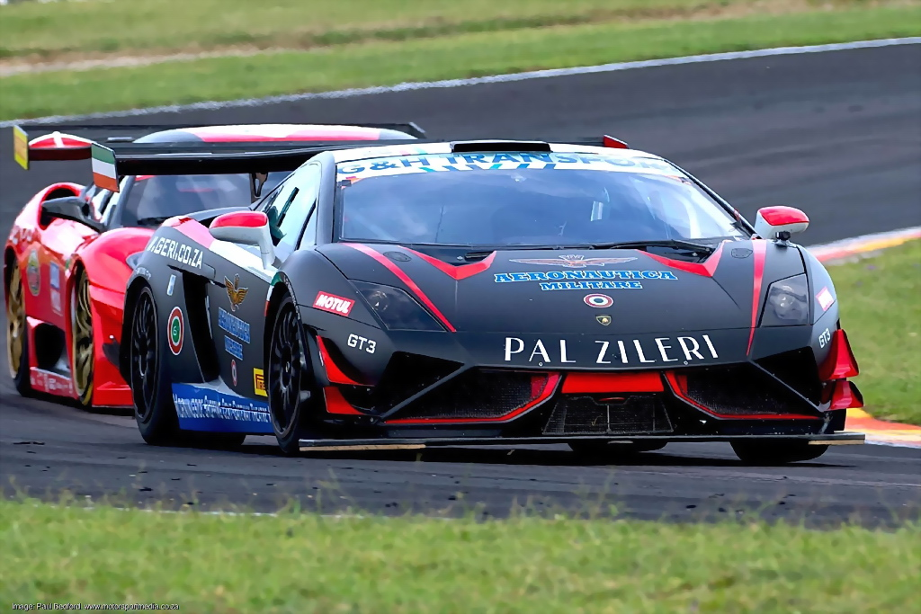 Simon Murray (Stradale Lamborghini Gallardo) should be a front runner in Saturday's races for G&H Transport Extreme Supercars. Picture: RacePics