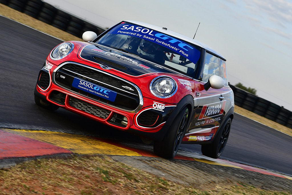 Signature Motorsport 39 S Mini Attack Set To Continue At Aldo