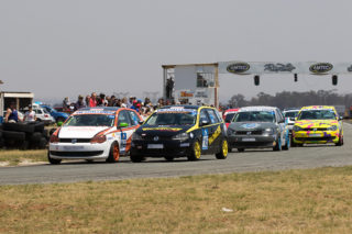 The Class B group start their first VW@ Challenge race at Midvaal Raceway - Picture by Paul Bedford