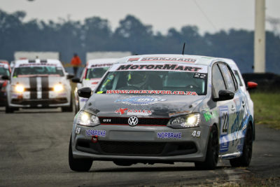 Stiaan Kriel leading the pack during the opening race in his Pozidrive/Kalex Volkswagen Polo - Picture by Reynard Gelderblom