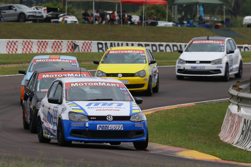 Holliday Jnr keeping the Class B pack at bay on his way to a second-place finish in Race 1. Picture: Reynard Gelderblom
