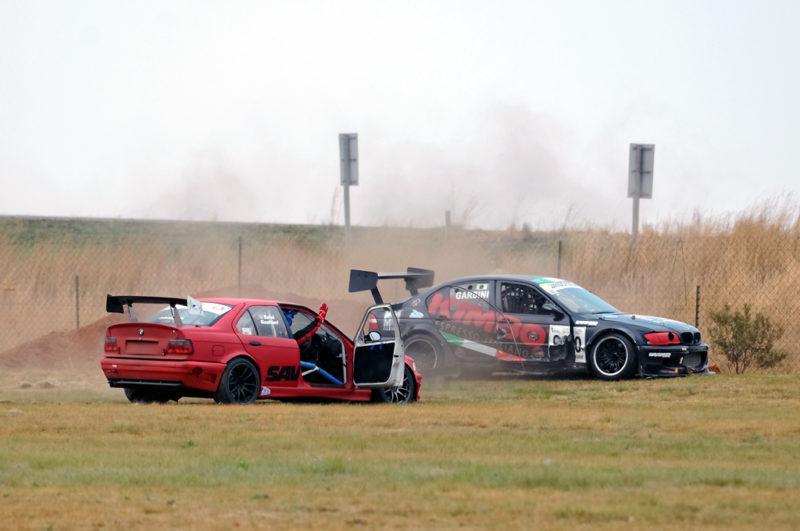 Salvi Gualtieri, seemingly with brake problems drove into the hapless Garbini