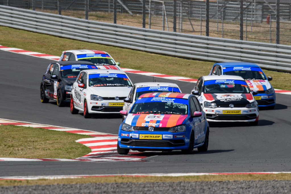 Close Racing in the Engen VW Cup